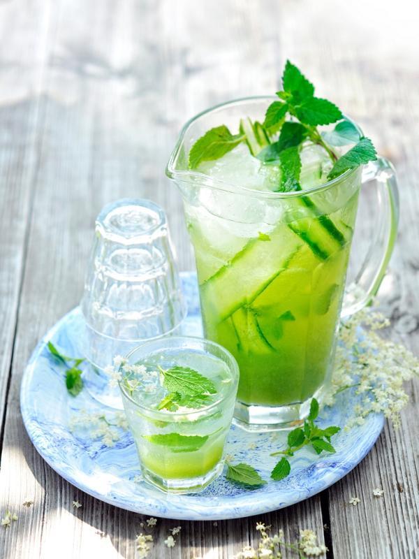 Rezept: Strauchbeerencocktails mit und ohne Alkohol | Toll